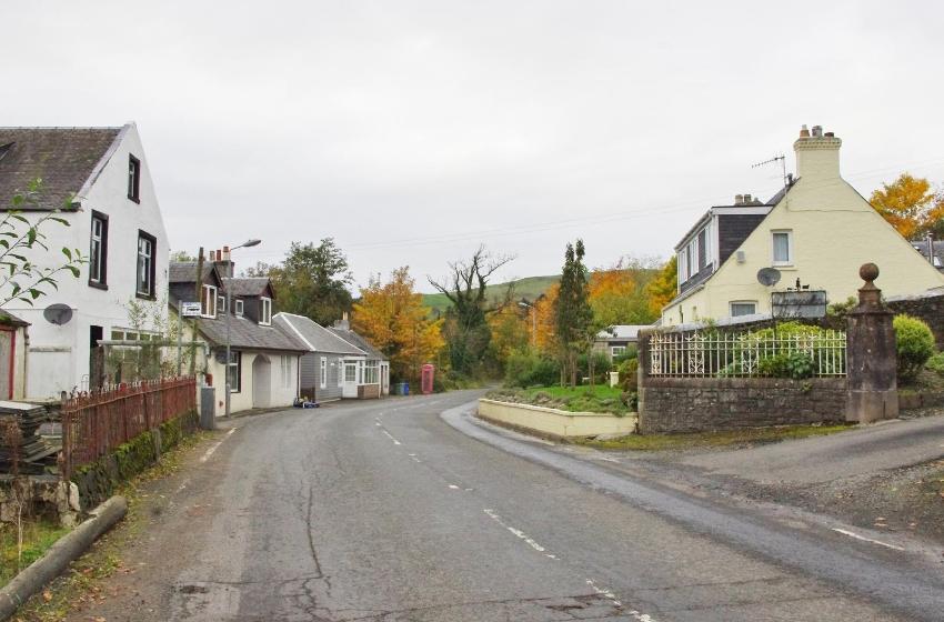 autumn-leaves-daljarrock-bridge-pinwherry-037